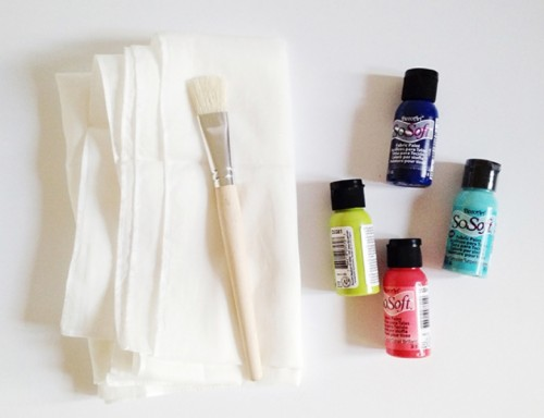Colorful DIY Brush Stroke Scarf For Fall