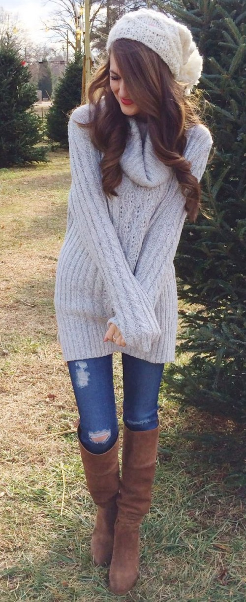 23 Comfy And Cozy Oversized Sweater Outfits For Fall