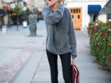 comfy-and-cozy-oversized-sweater-outfits-for-fall-3
