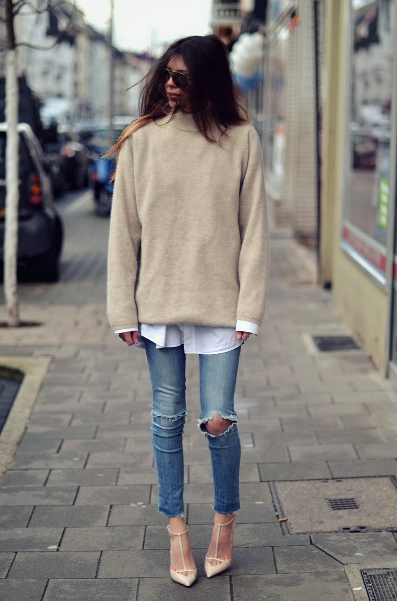6b9f6b5d5a Picture Of comfy and cozy oversized sweater outfits for fall 6