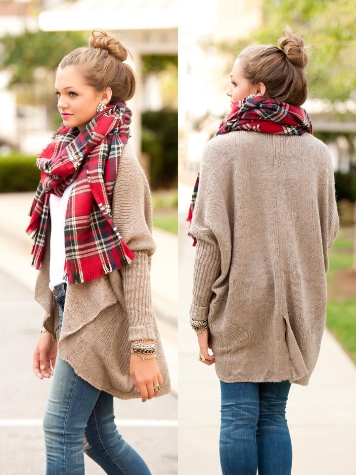 Picture Of comfy and cozy winter holiday looks  13