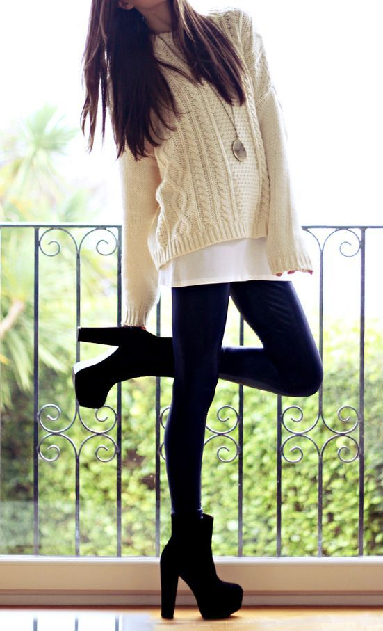 Picture Of comfy and cozy winter holiday looks  21