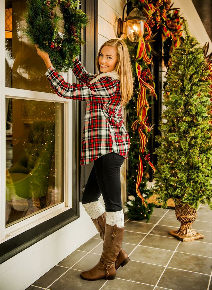 Picture Of comfy and cozy winter holiday looks  4