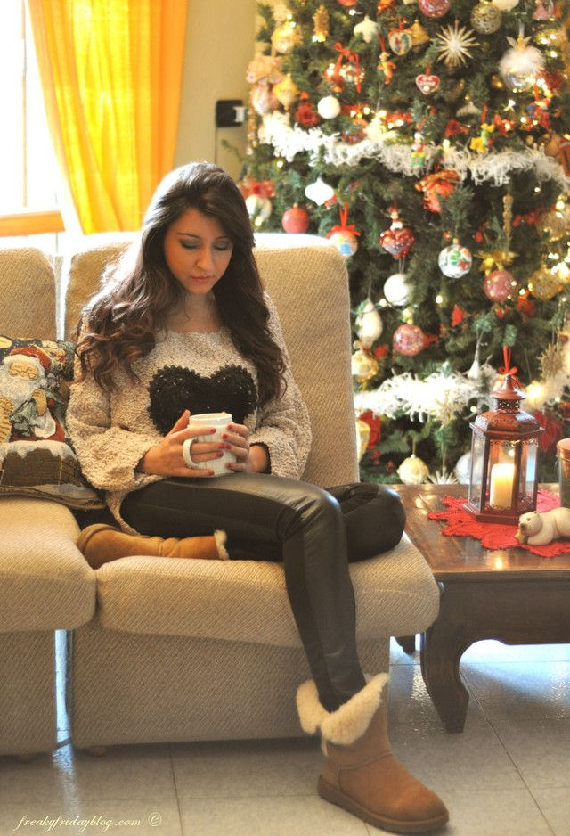 Picture Of comfy and cozy winter holiday looks  6