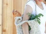 comfy-and-cute-diy-sturdy-market-tote-1