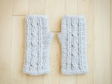 comfy-diy-cable-knit-wrist-warmers-7