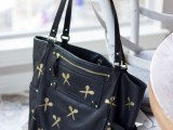 cool-and-easy-way-to-personalize-and-adorn-your-tote-bag-5