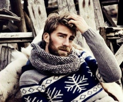 20 Cool And Fun Men Holiday Sweaters