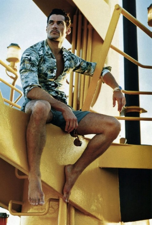 24 Cool And Relaxed Beach Men Outfits