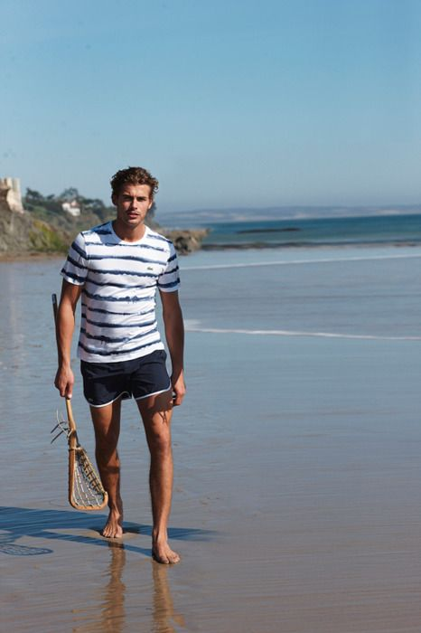 Picture Of cool and relaxed beach men outfits  21
