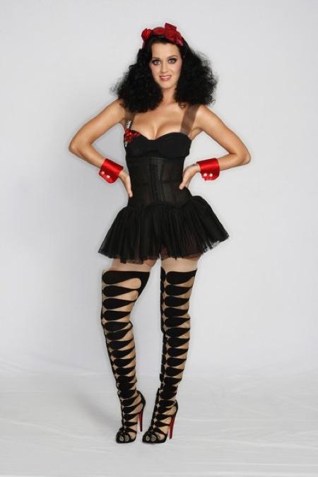 Picture Of cool celebrities halloween costumes  1