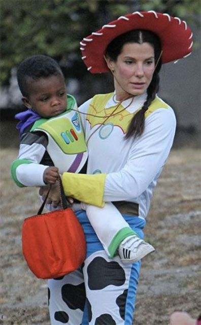 Picture Of cool celebrities halloween costumes  14