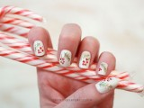cool-diy-holiday-nail-art-with-spruce-and-berries-1