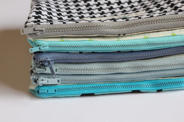 basic zipper pouch