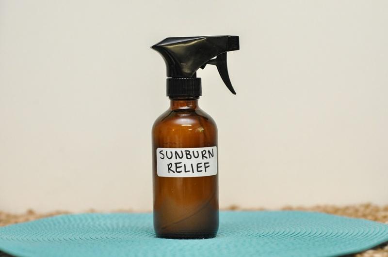 sunburn relief spray with essential oils