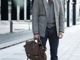 cool-men-work-putfits-with-sneakers-10