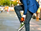 cool-men-work-putfits-with-sneakers-14
