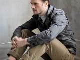 cool-men-work-putfits-with-sneakers-4