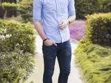 cool-men-work-putfits-with-sneakers-8
