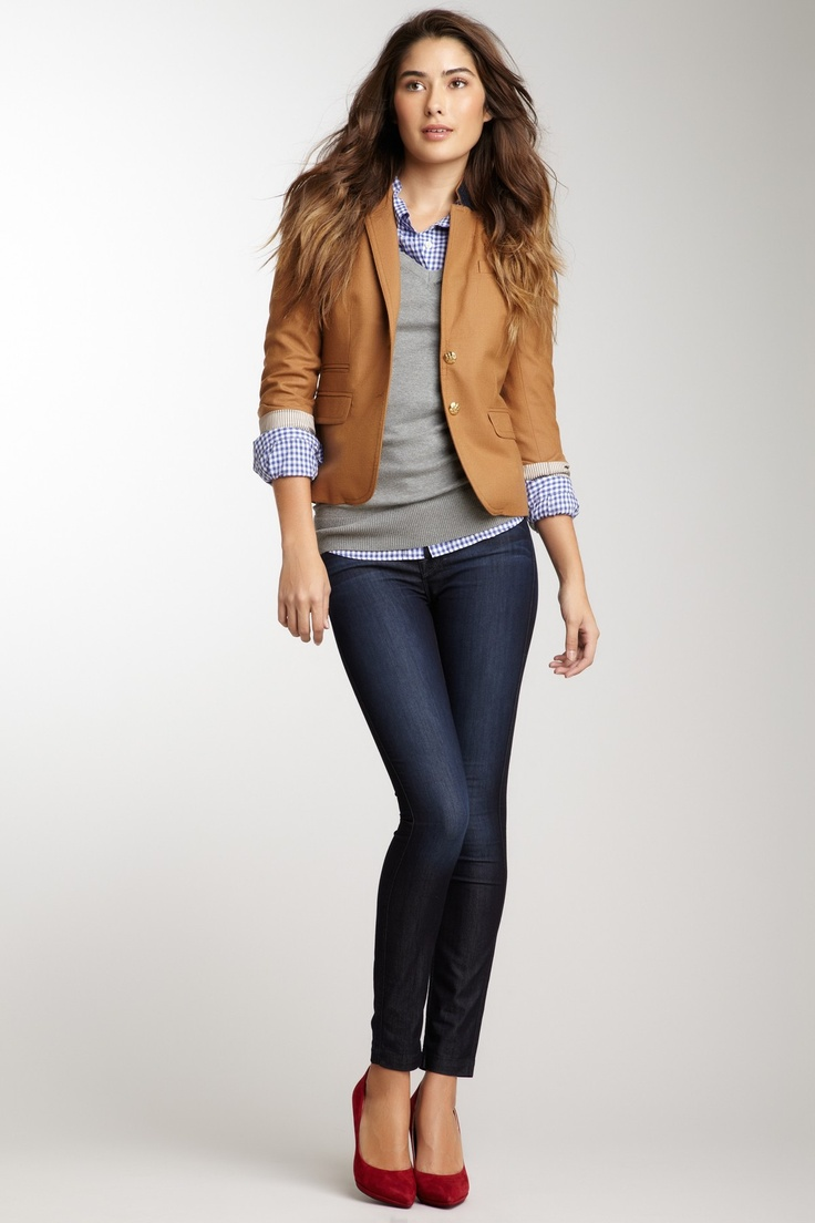 Gray Pants With A Brown Woman Shoes Outfit