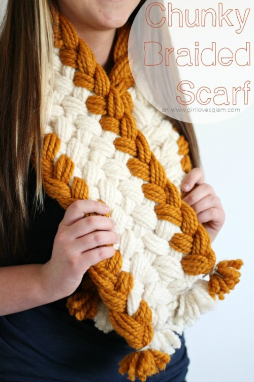 Cozy DIY Chunky Braided Scarf For This Fall