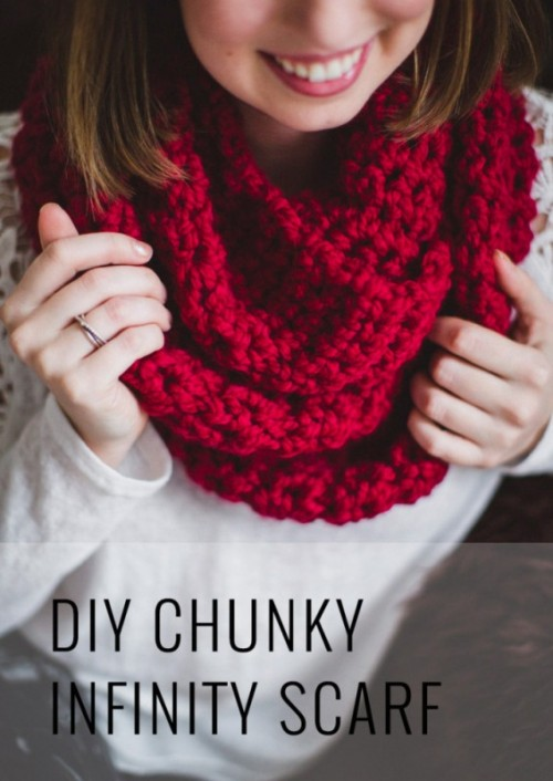 Cozy DIY Chunky Crochet Infinity Scarf To Make