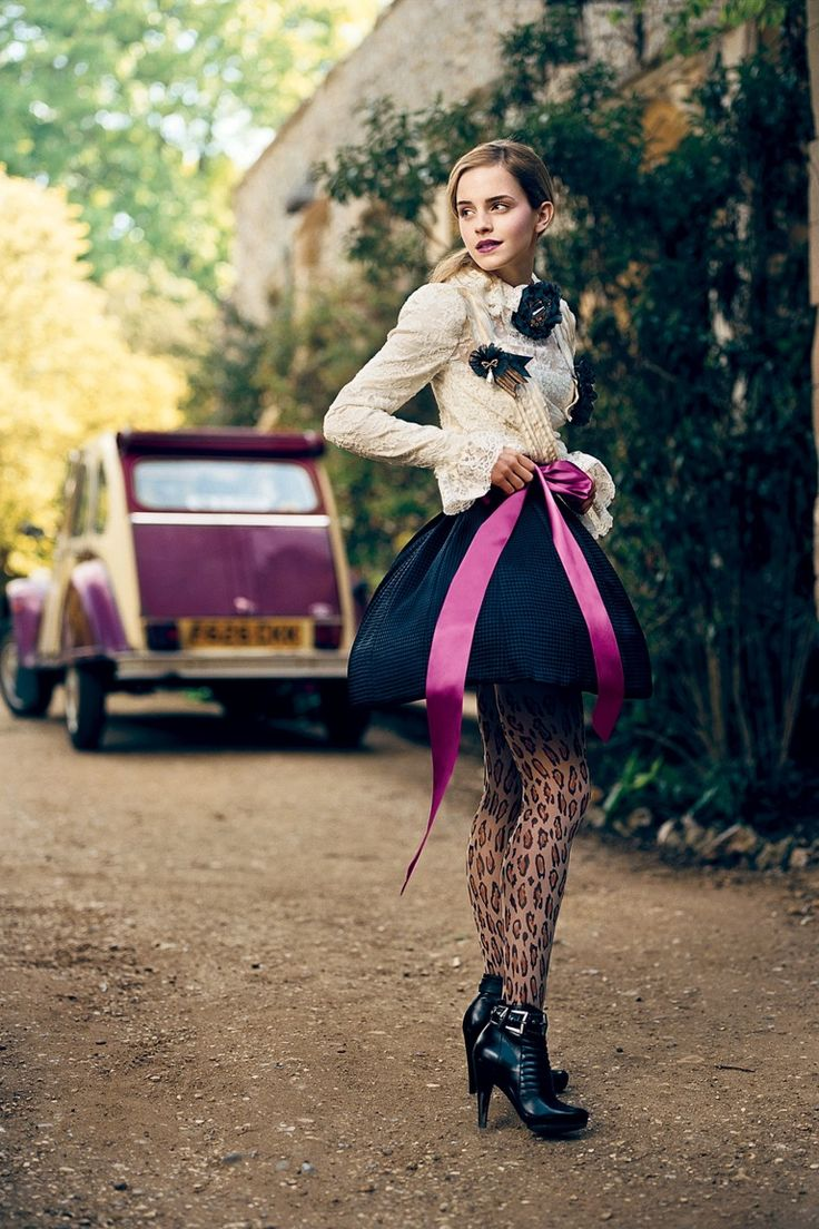 Picture Of cute celebrity looks with original tights  1