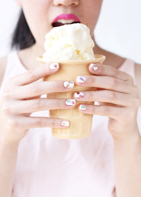 Picture Of cute diy ice cream nail design to try  1