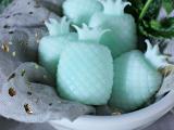 cute-diy-minty-pineapple-soaps-2