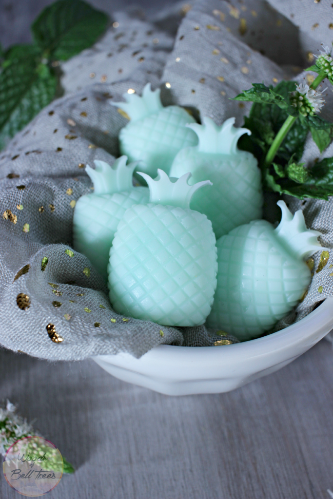 Picture Of cute diy minty pineapple soaps  2