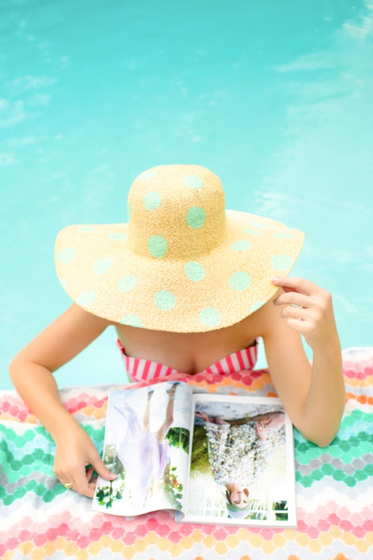 Picture Of cute diy polka dot floppy hat for beach  1