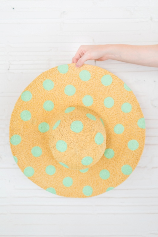 Picture Of cute diy polka dot floppy hat for beach  3