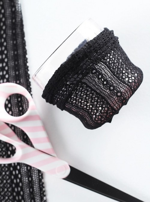 Cute Lace DIY Makeup Brush Holder