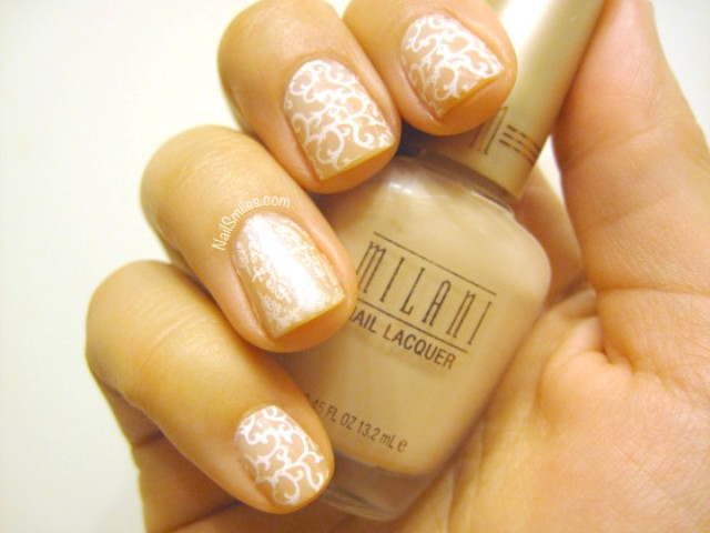 Picture Of delicate diy nude lace nails  3