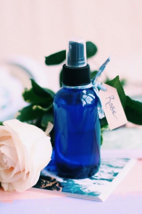 Delicate Hydrating DIY Rose Moisturizing Spray