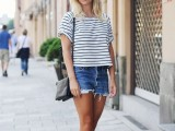 denim-shorts-outfits-for-summer-11