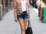 denim-shorts-outfits-for-summer-13