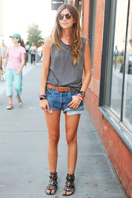 Picture Of denim shorts outfits for summer  15