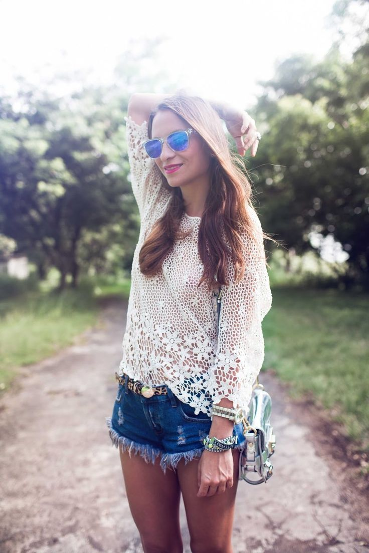 Picture Of denim shorts outfits for summer  17