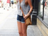 denim-shorts-outfits-for-summer-3