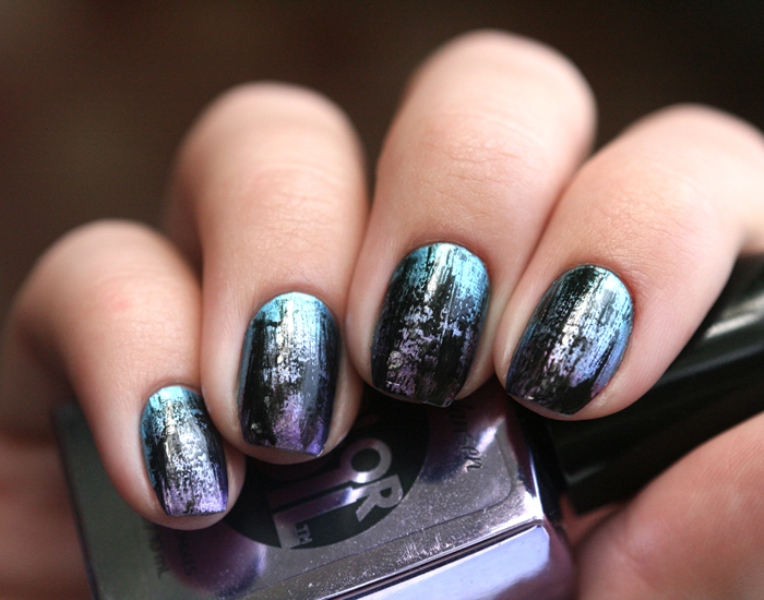 Picture Of distressed and grunge inspired diy nail art  1