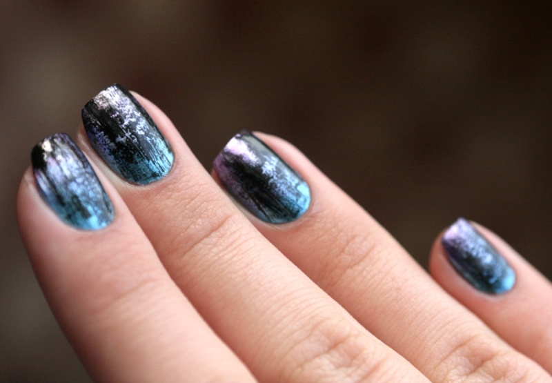 Picture Of distressed and grunge inspired diy nail art  5
