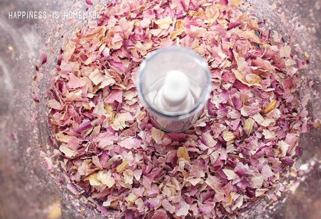 Picture Of diy 3 ingredient rose petal scrub  3
