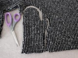 diy-beanie-and-mittens-without-knitting-4