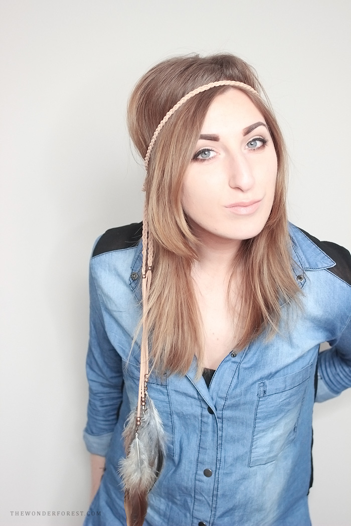 Picture Of diy boho chic feather headpiece  1