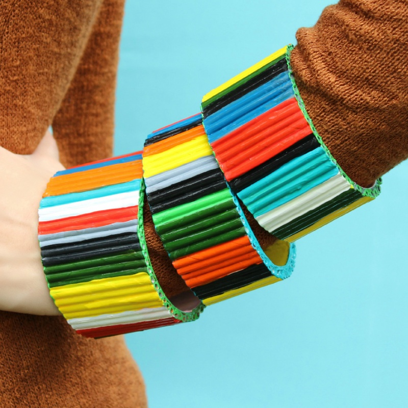 Picture Of diy bold recycled magazine bracelets  2