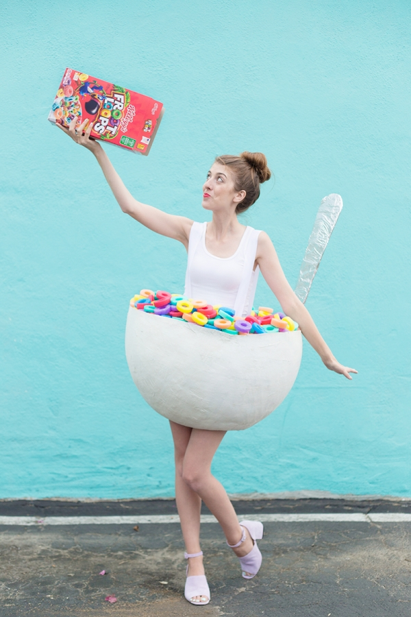 Picture Of diy cereal bowl costume for halloween  1