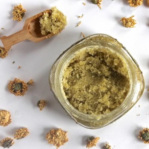 chamomile face scrub (via lorimerkitchen)