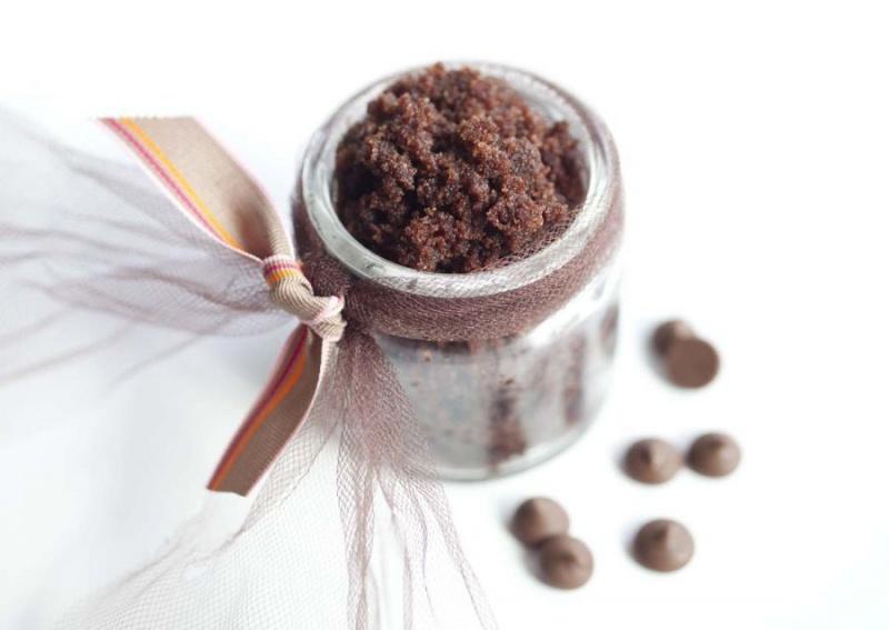 chocolate sugar lip and body scrub