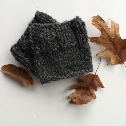 Picture Of diy chunky knit boot cuffs  1